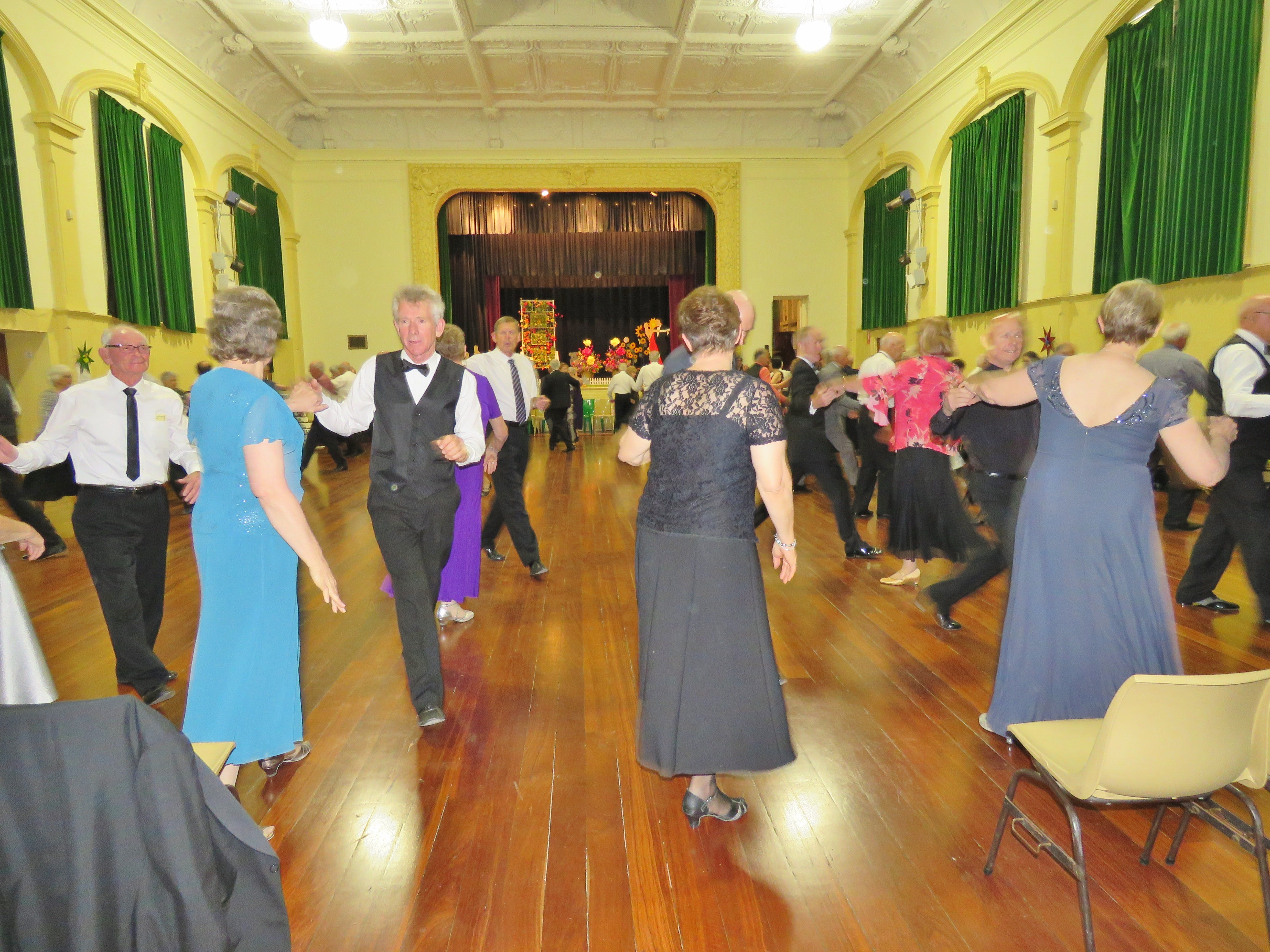 Old Style/New Vogue Dance Wallaroo - Accommodation Bookings