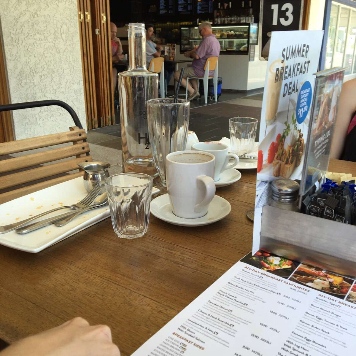 The Coffee Club - Grand Hotel - Gladstone - Accommodation Bookings