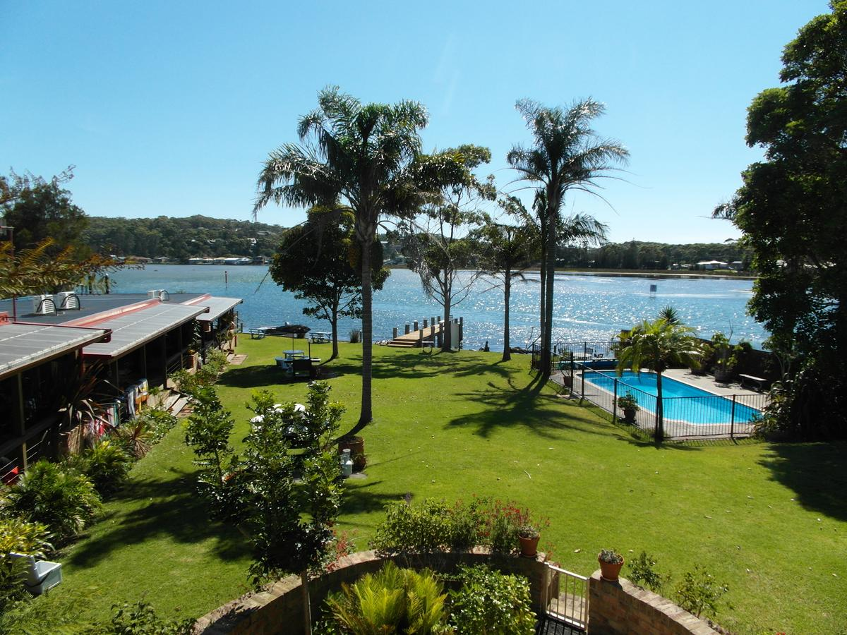 Lake Edge Apartments - Accommodation Bookings
