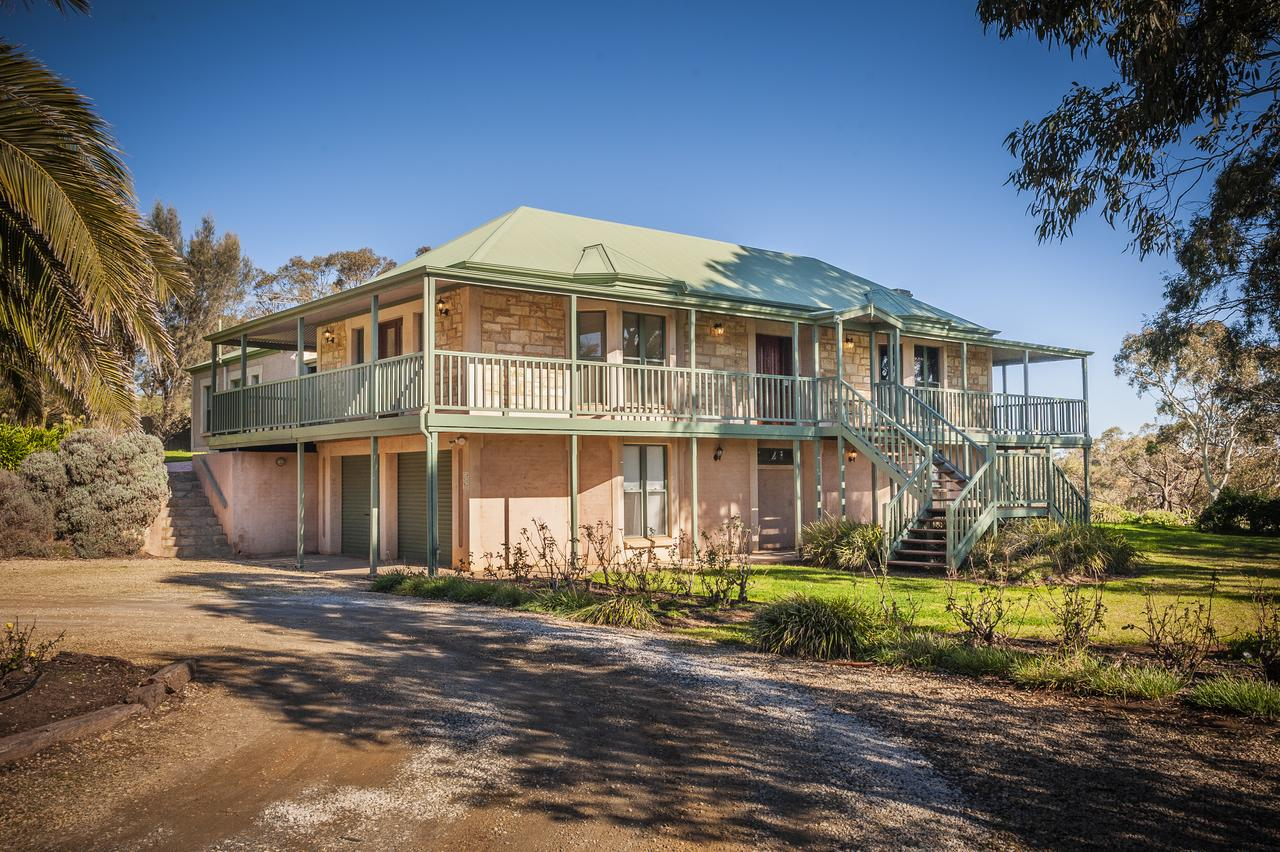 Lindsay House Homestead - Accommodation Bookings