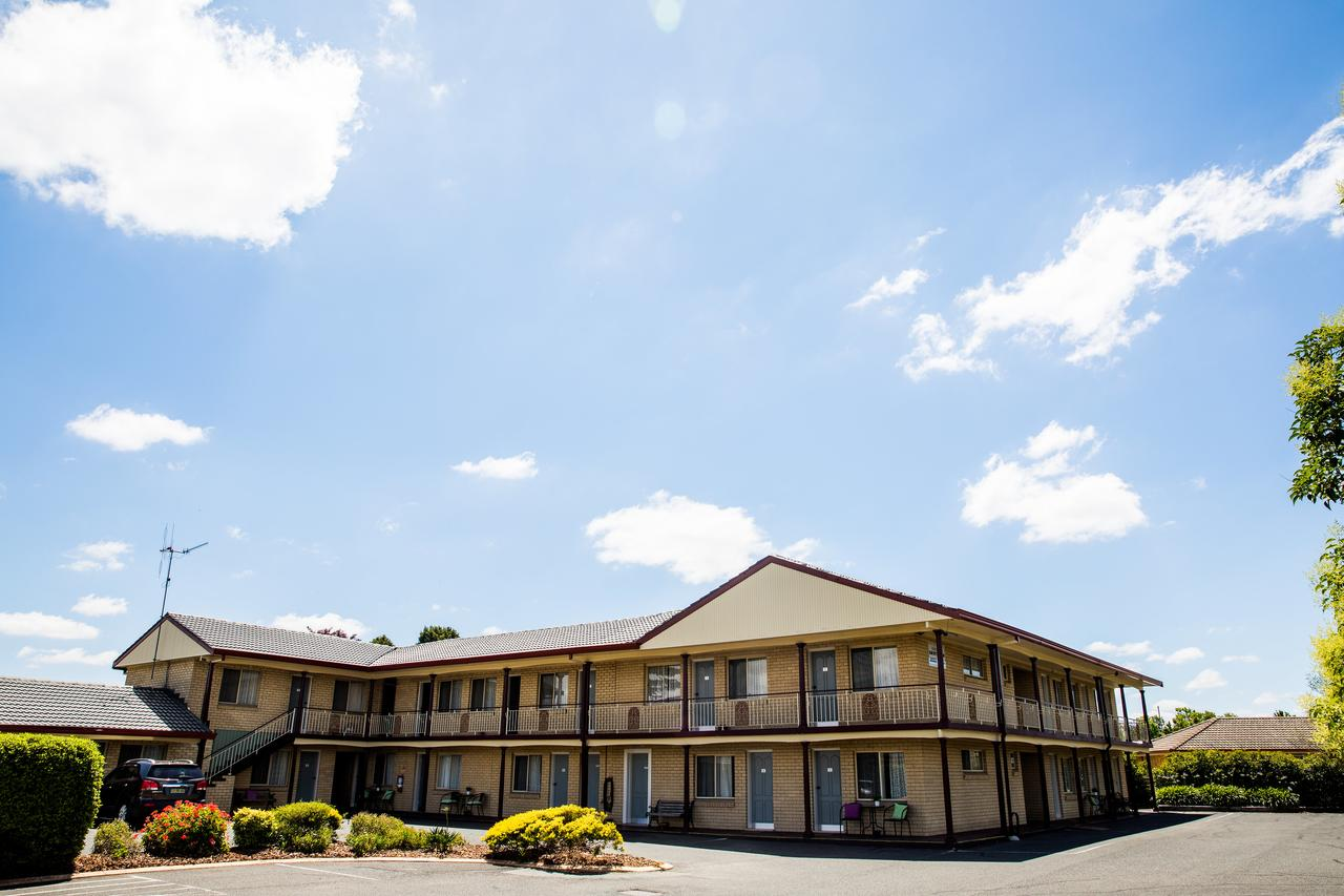 Lilac City Motor Inn  Steakhouse - Accommodation Bookings