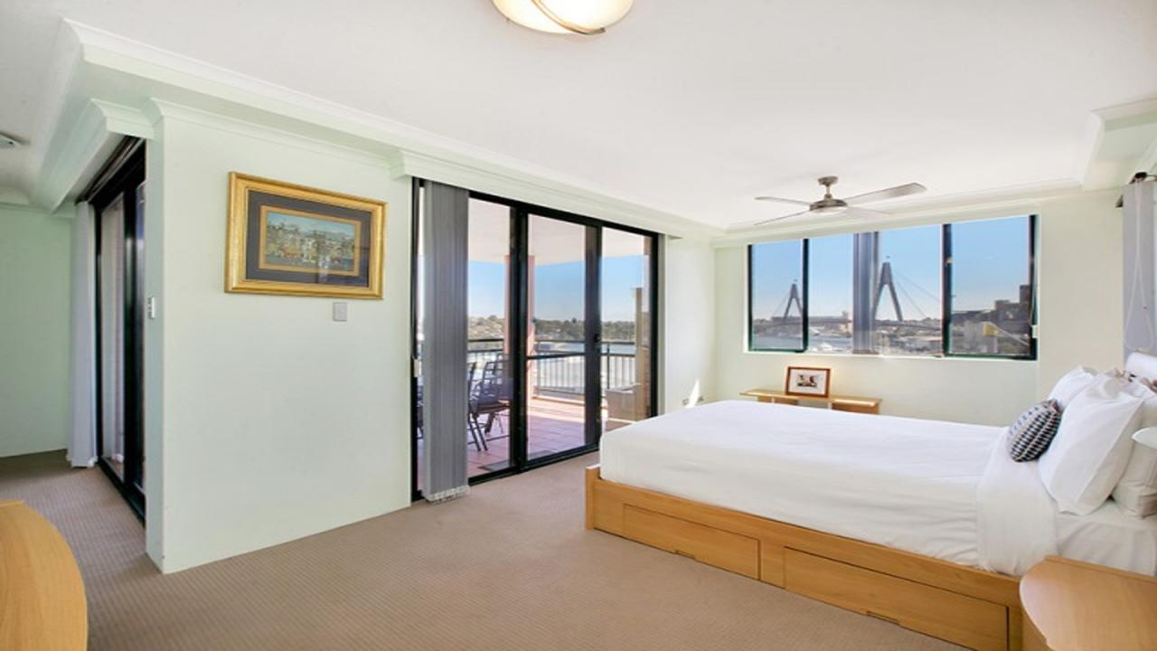 Darling Harbor Apartment - Accommodation Bookings