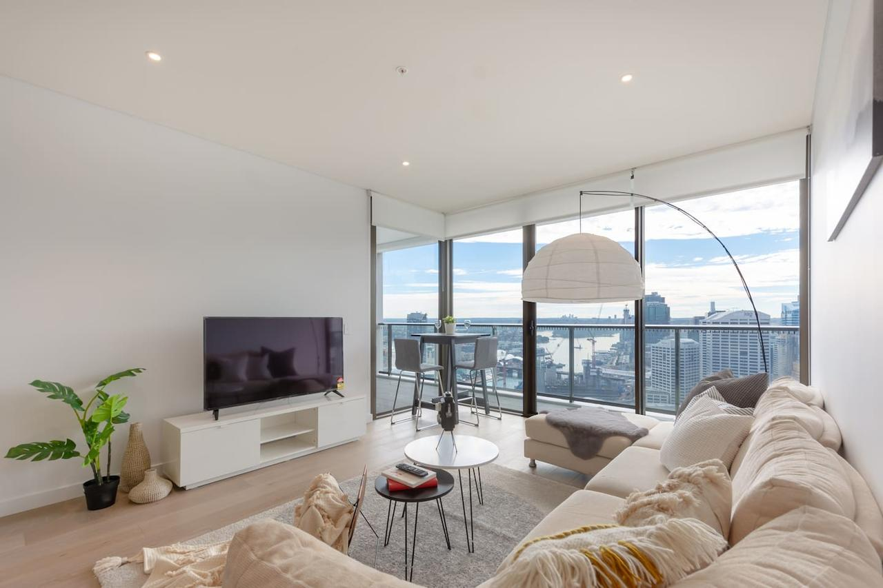 High Rise apt in Heart of Sydney wt Harbour View - Accommodation Bookings