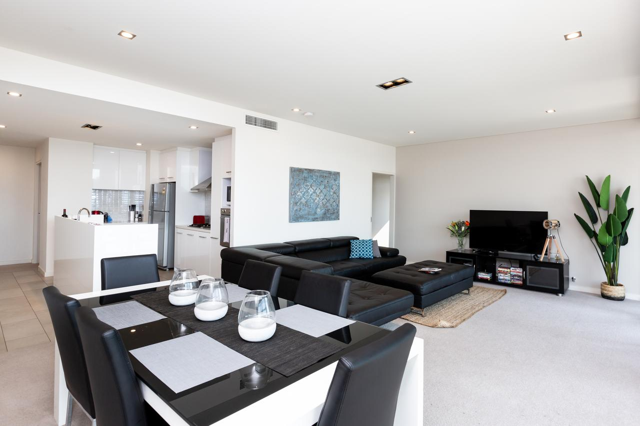 Brand New Executive Apartment - Accommodation Bookings
