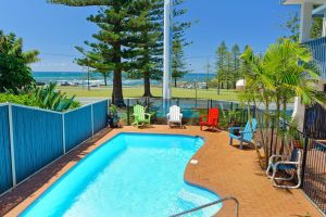 Beach House Holiday Apartments - Accommodation Bookings