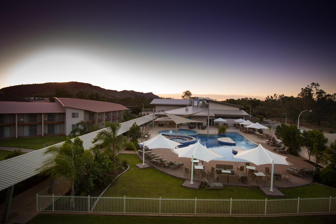 Crowne Plaza Alice Springs Lasseters - Accommodation Bookings