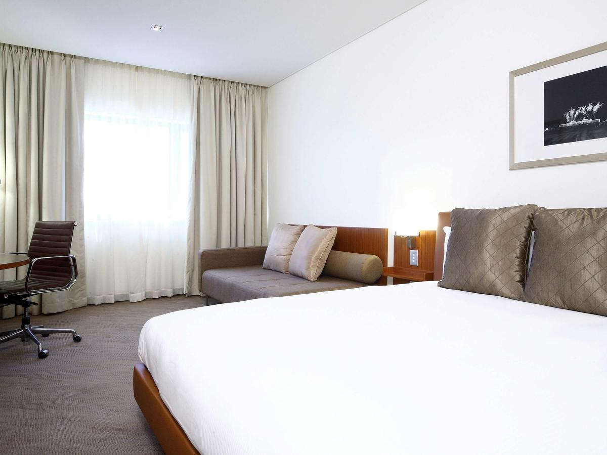 Novotel Canberra - Accommodation Bookings