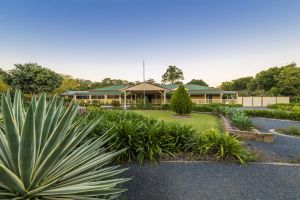 Bonville Lodge Bed  Breakfast - Accommodation Bookings