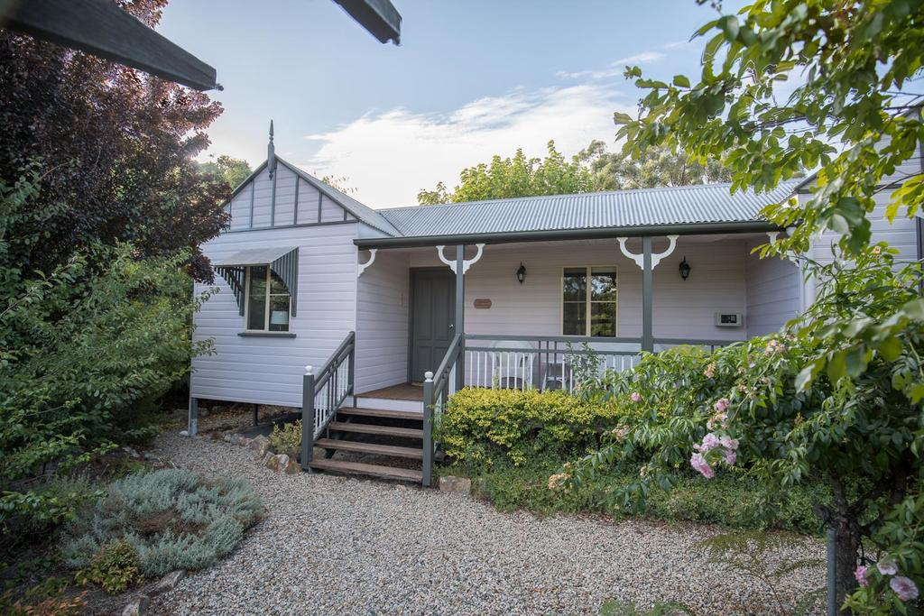 Briar Rose Cottages - Accommodation Bookings