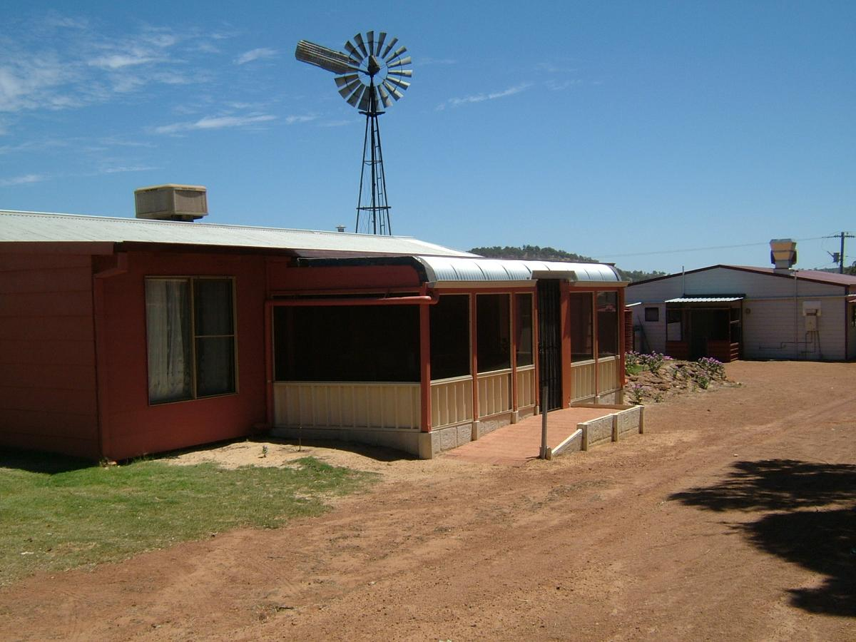 Bindoon's Windmill Farm - Accommodation Bookings