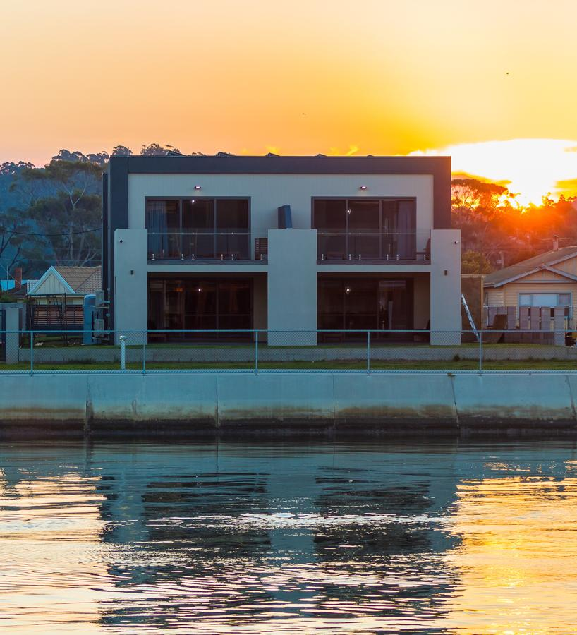 Ulverstone Waterfront Apartments - Accommodation Bookings