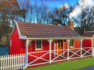 Platypus Playground Riverside Cottage - Accommodation Bookings