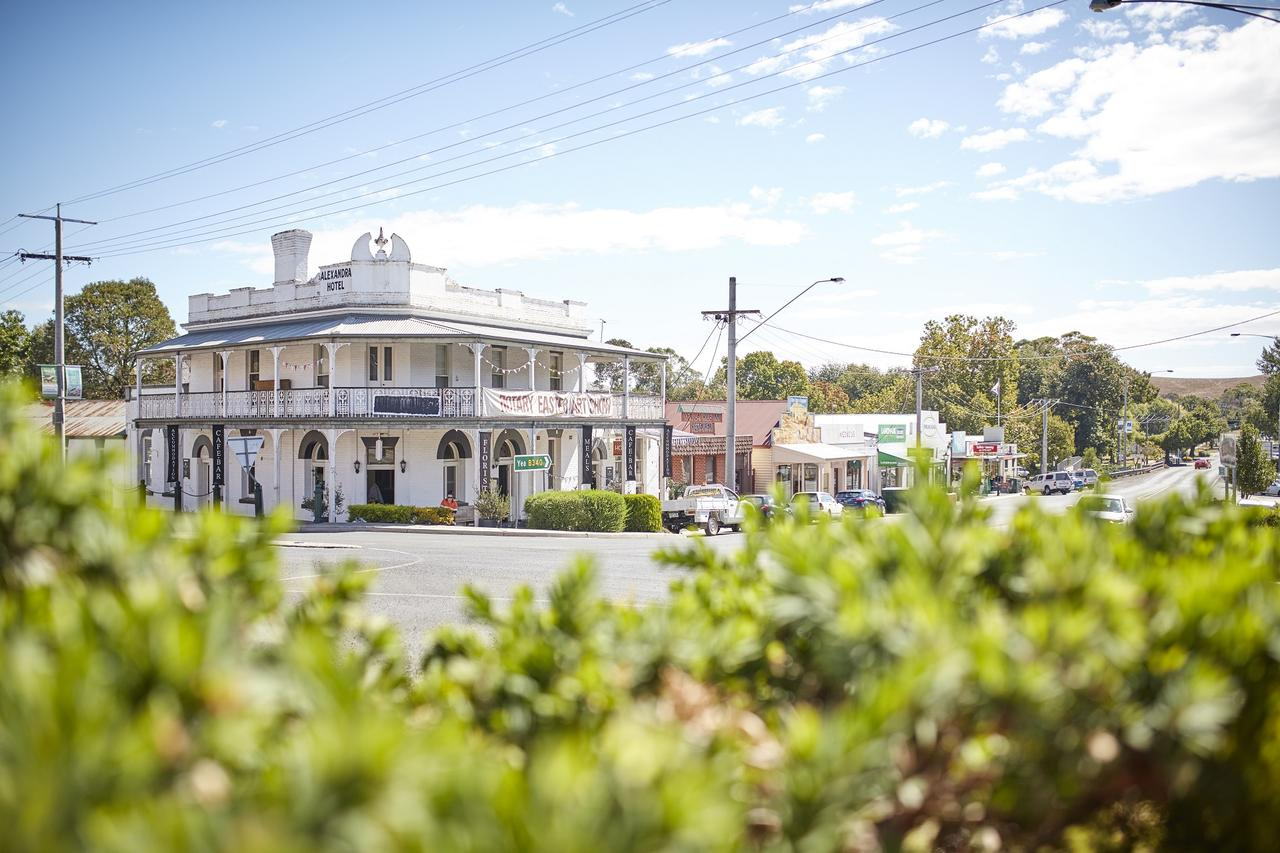 The Alexandra Hotel - Accommodation Bookings
