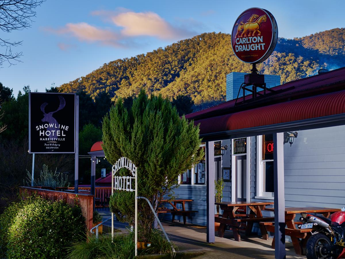 The Harrietville Snowline Hotel - Accommodation Bookings