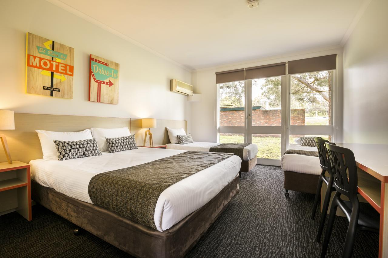 Burvale Hotel - Accommodation Bookings