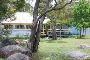 Twisted Gum Vineyard Cottage - Accommodation Bookings