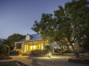 Vineyard Cottages - Accommodation Bookings