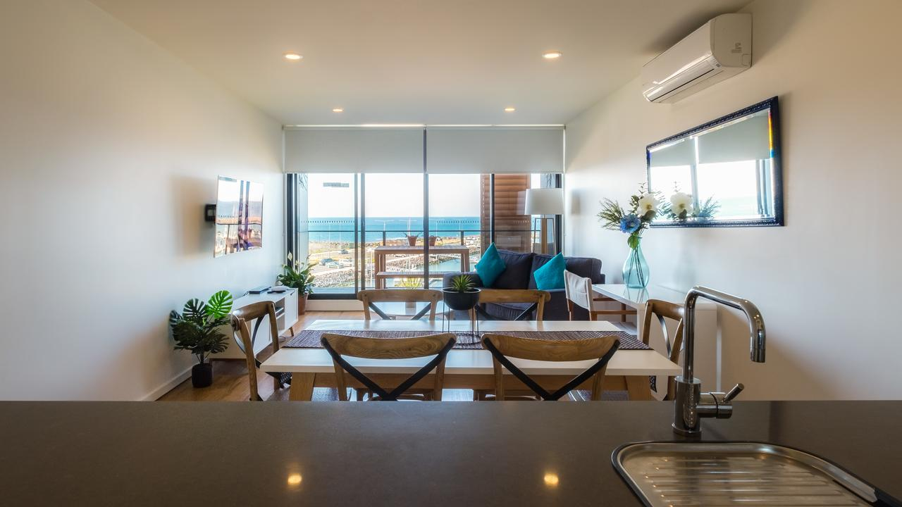 Waterfront Apt 234 Marinaquays - Accommodation Bookings