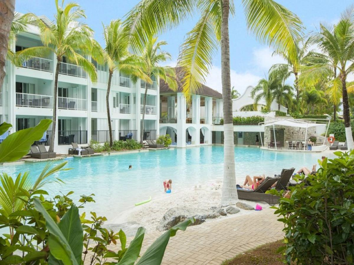 Beach Club Port Douglas 3 Bedroom Luxury Apartment - Accommodation Bookings