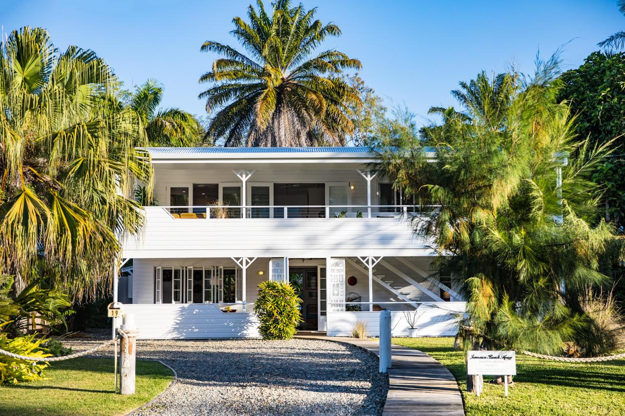 Jamaica Beach House - Accommodation Bookings