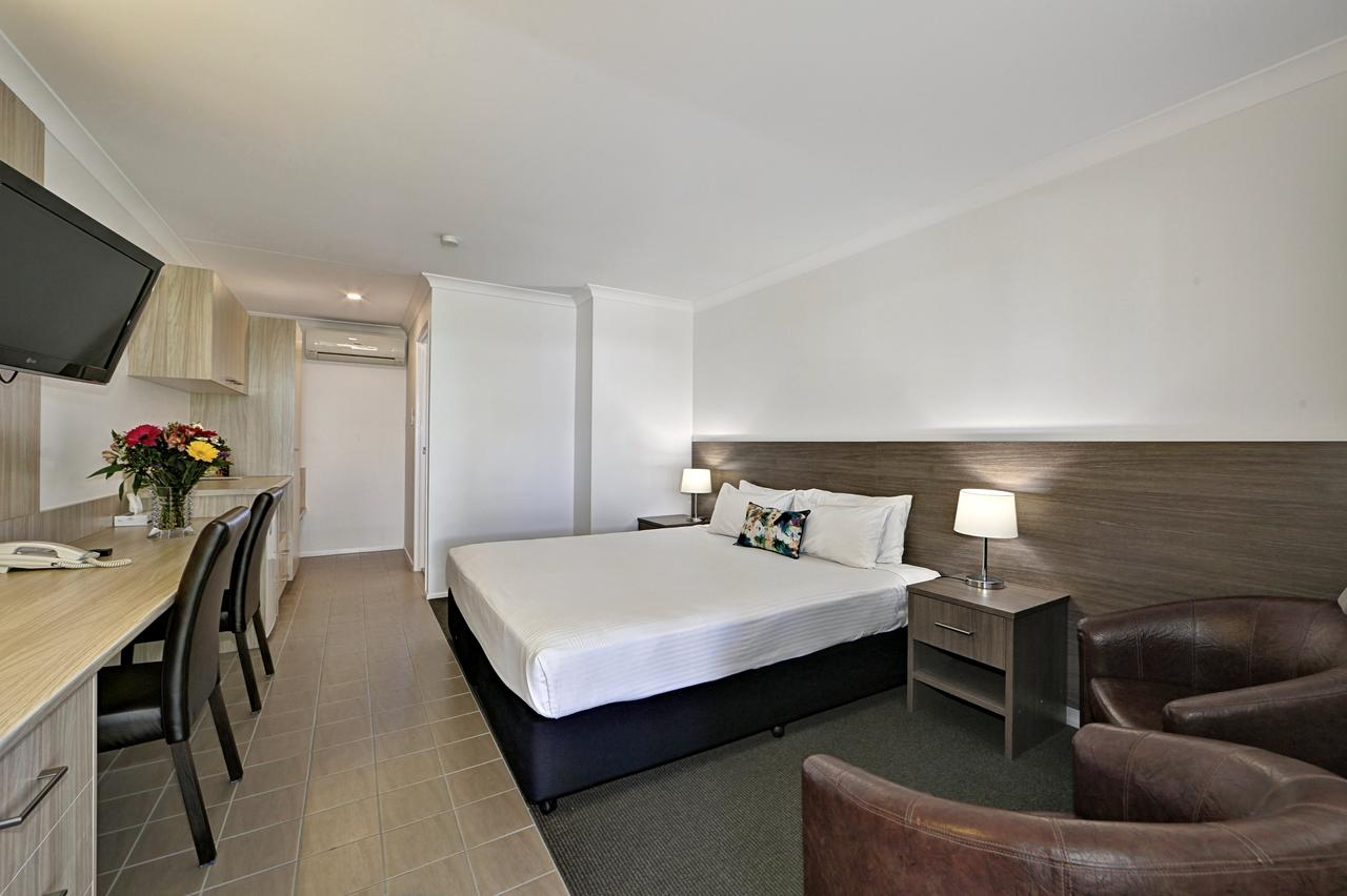 Smart Motels Bert Hinkler - Accommodation Bookings